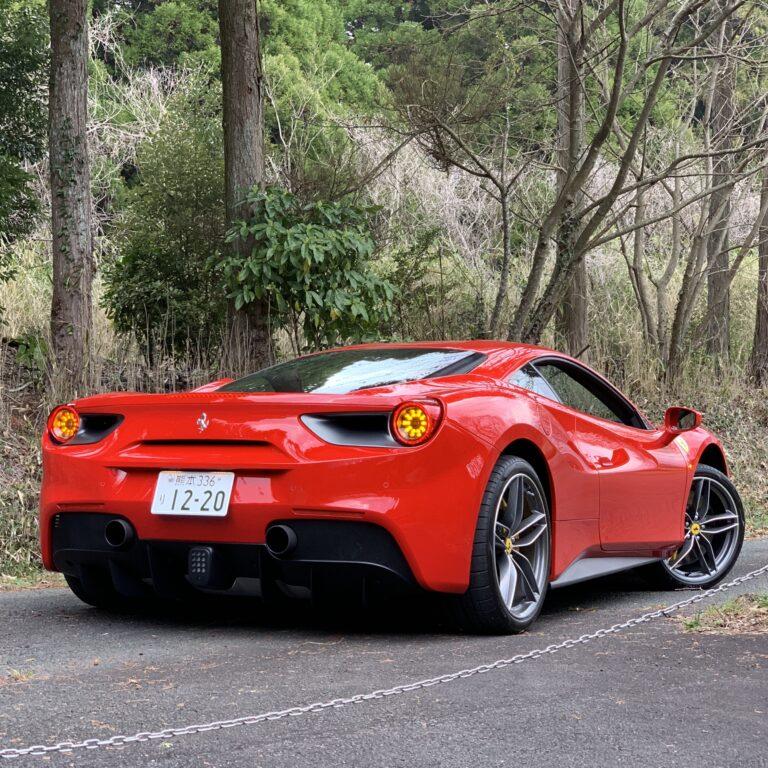 フェラーリは経費になるか?